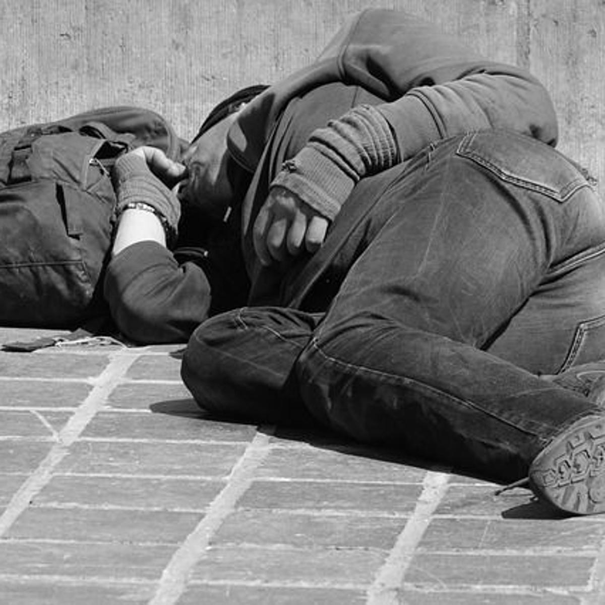 无家可归者露宿街头也是罪?