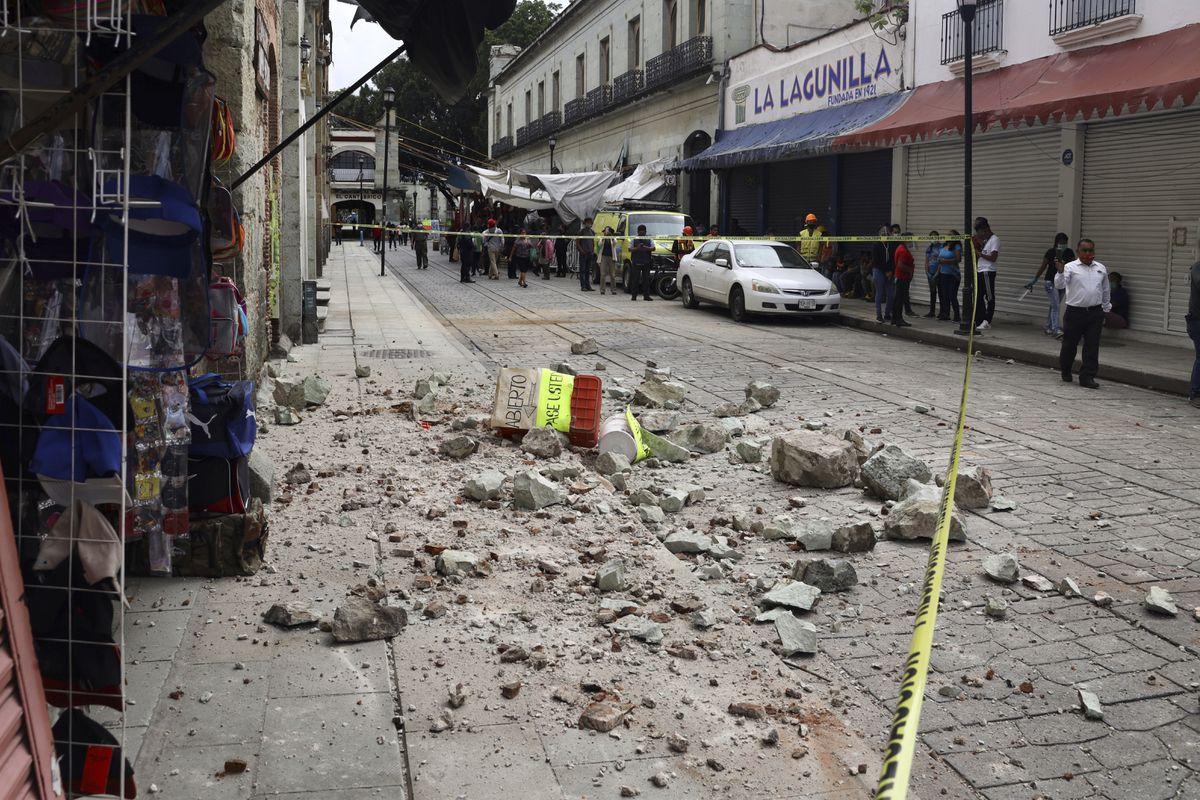 墨西哥瓦哈卡附近发生7.4级大地震