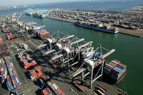 洛杉矶港8月份吞吐量创今年以来最好纪录