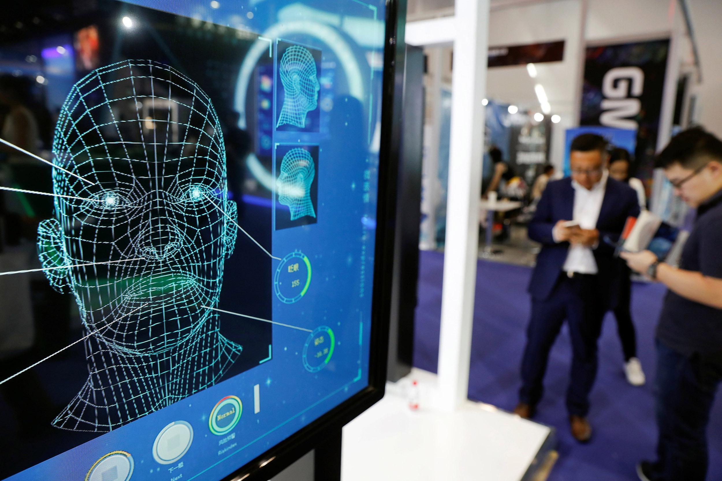 加州律师公会首场网考计划用人脸辨识软件确定考生身份