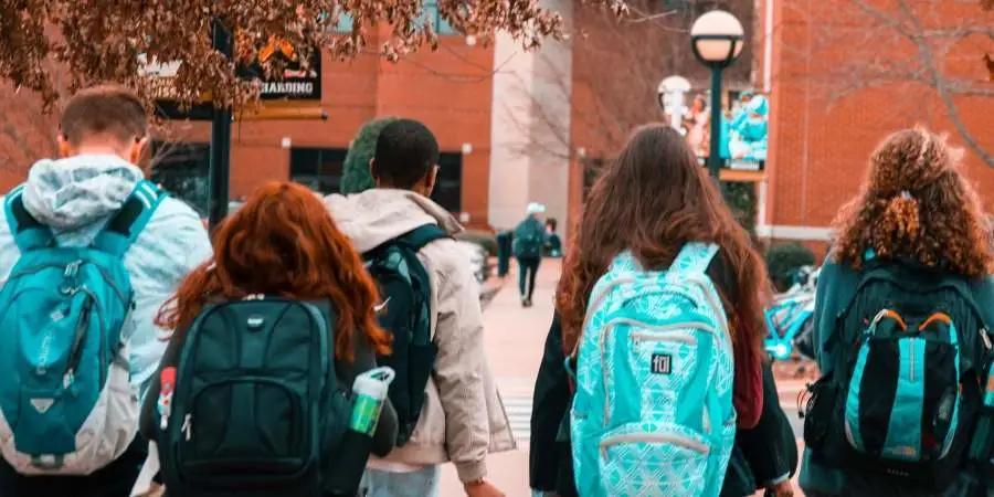 美国国土安全部拟新规,进一步限制国际学生、交流访问者在美逗留期限