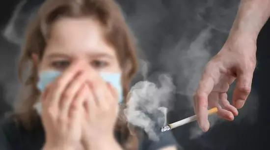 保护家人免受二手烟危害,现在正是时候!