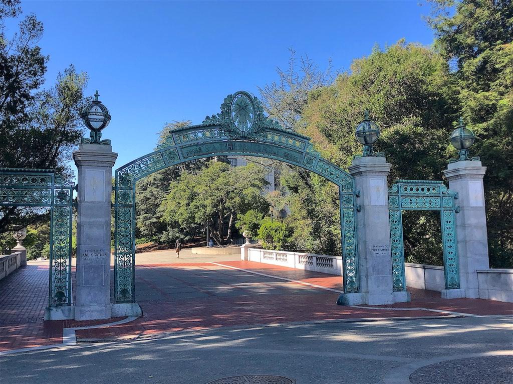 加州大学伯克利分校明年春季期继续以网课为主