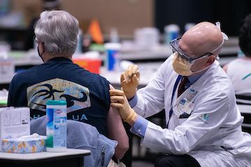 现实世界中疫苗的性能