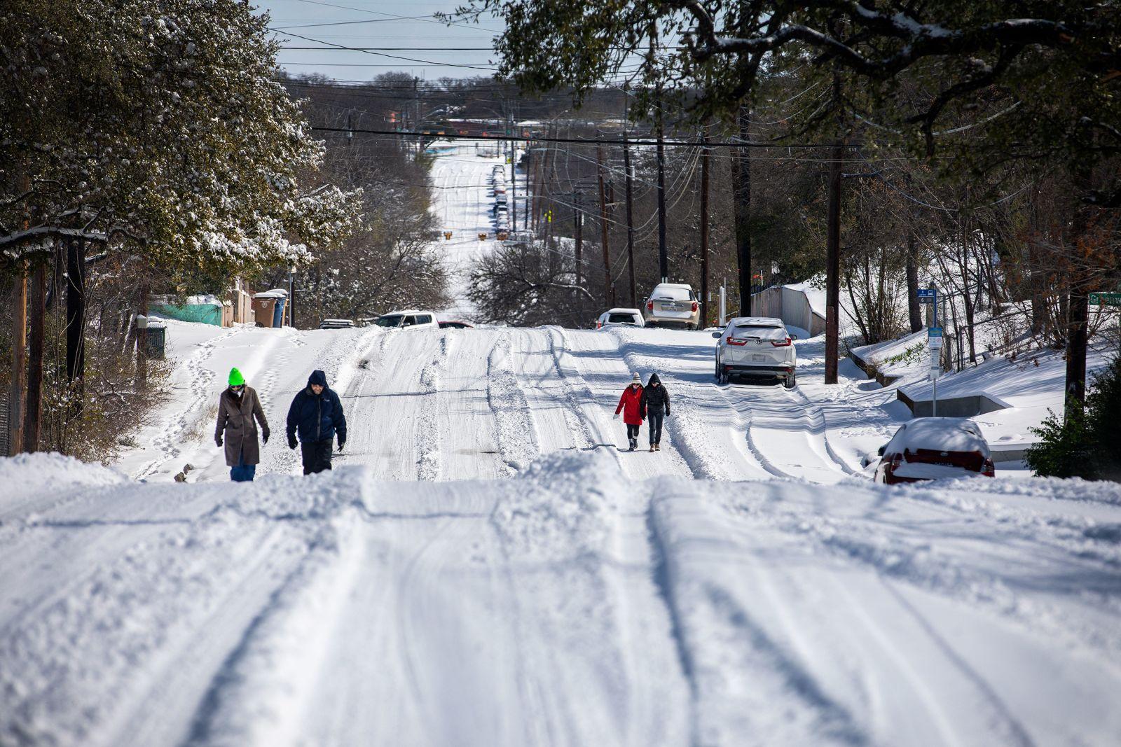 冬季风暴来袭! 美多个城市迎来创纪录低温,得州530万用户断电