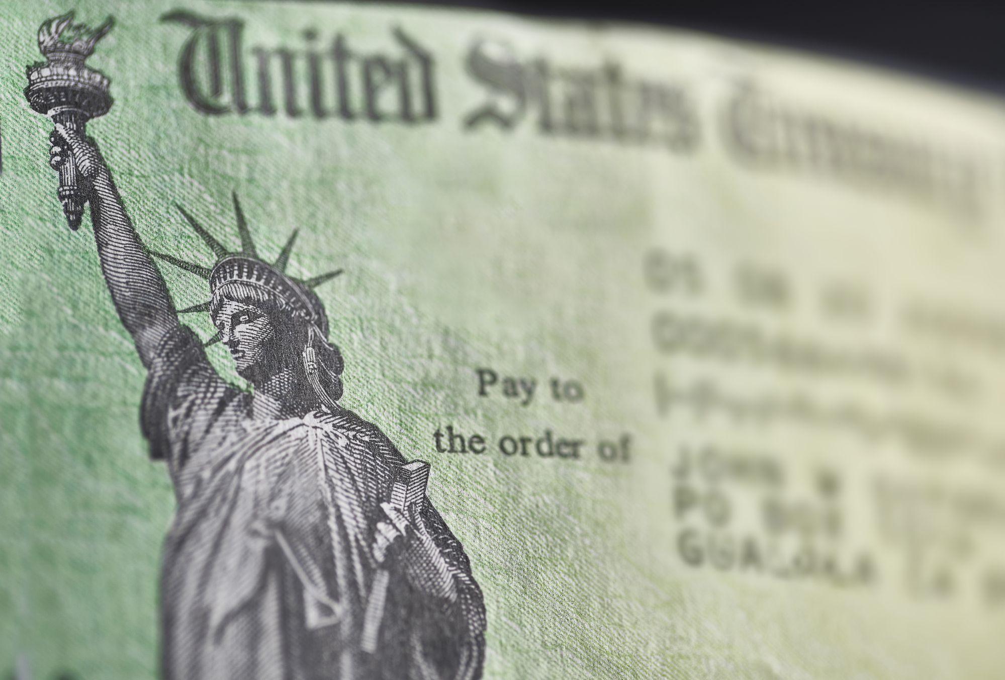 美国国税局已发出9000万份纾困金