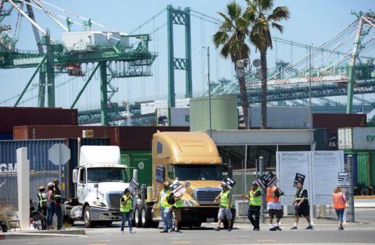 洛杉矶和长堤港卡车司机将对环球物流公司采取罢工