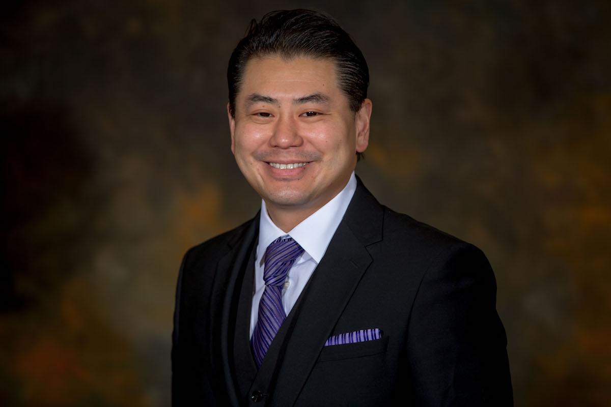 前检察官郑博仁当选亚凯迪亚市副市长