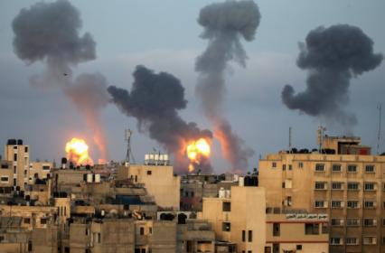 以色列空袭加萨市致上百名巴勒斯坦人丧生
