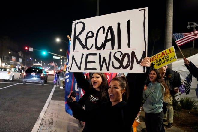 Netflix掷300万反对罢免加州州长