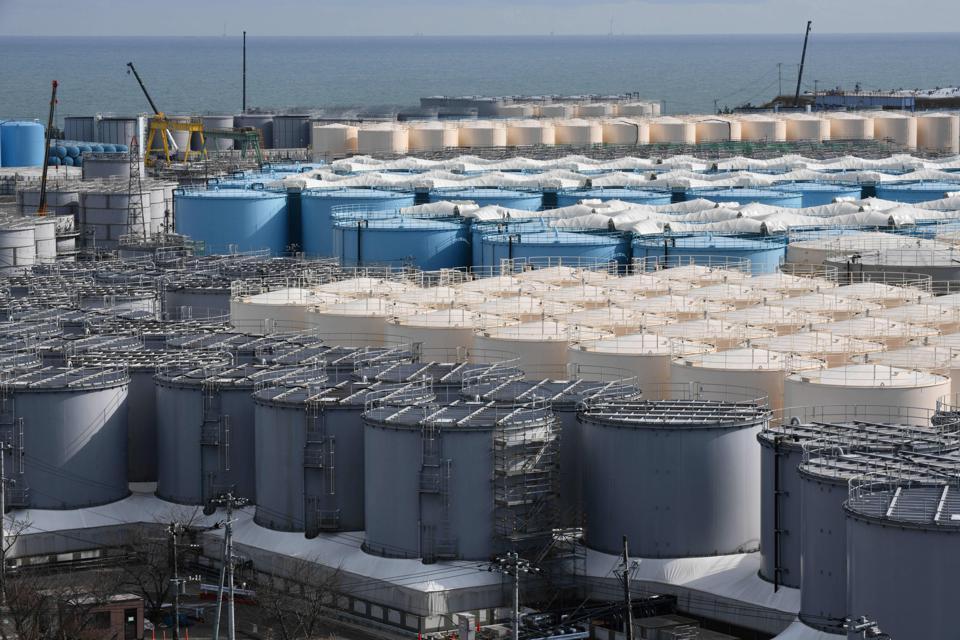 福岛核电站核废料集装箱出现泄漏事故
