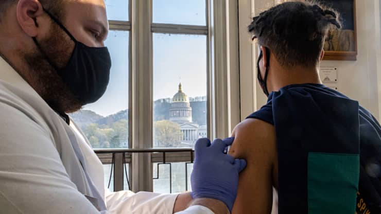 6/10美国疫情更新:接种第二剂疫苗后,16 至 24 岁人群的心脏炎症病例数高于预期