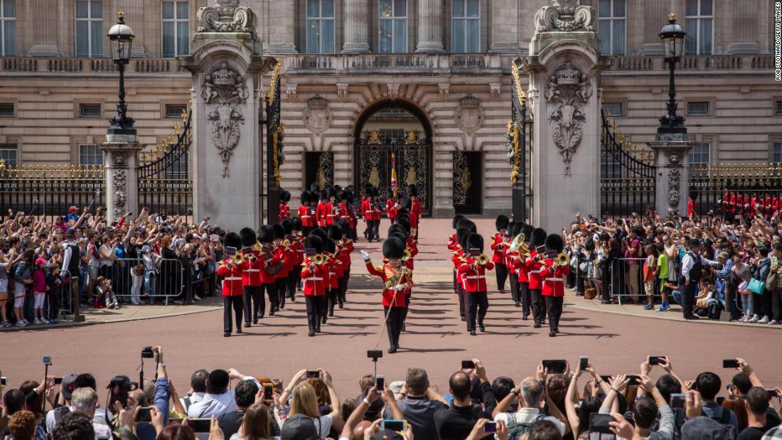 英国王室聘请少数族裔仅占总数的8.5%