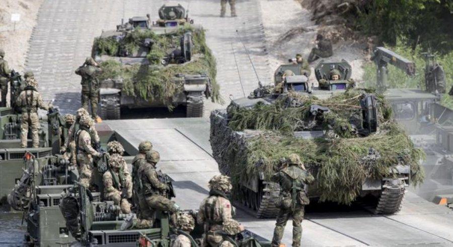 塔利班横扫阿富汗引塔吉尔大型军演