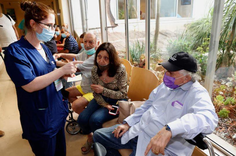 8/6美国疫情更新:保护高风险人群 FDA拟加快审查疫苗加强剂;路易斯安那州新冠住院患者激增 90%未接种疫苗