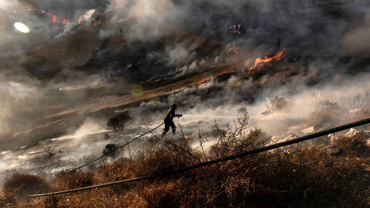 欧洲南部遭遇反气旋高温,南部各国接连出现大火侵袭