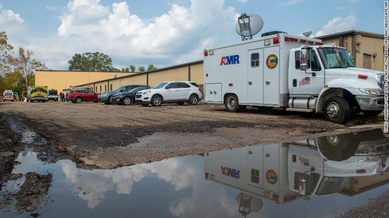 路易斯安那州飓风避难所条件恶劣,4 名疗养院居民死亡
