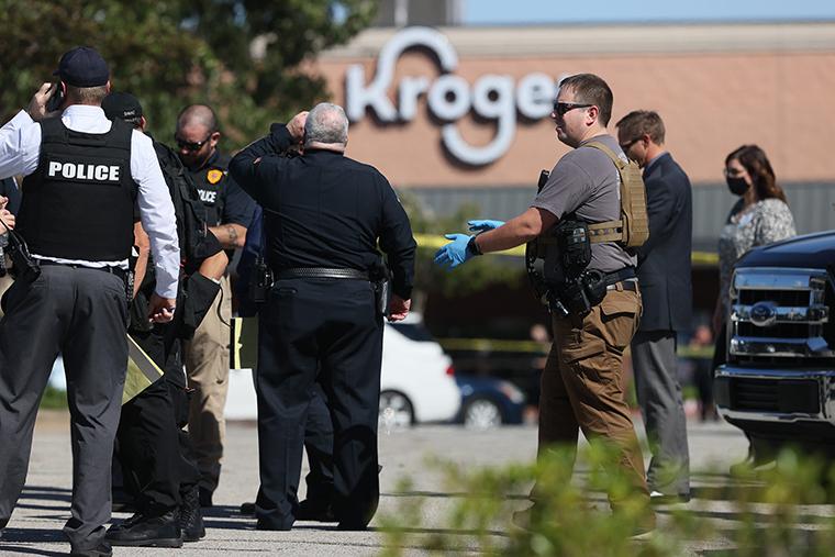 突发!田纳西州超市发生大规模枪击事件,至少2死14伤
