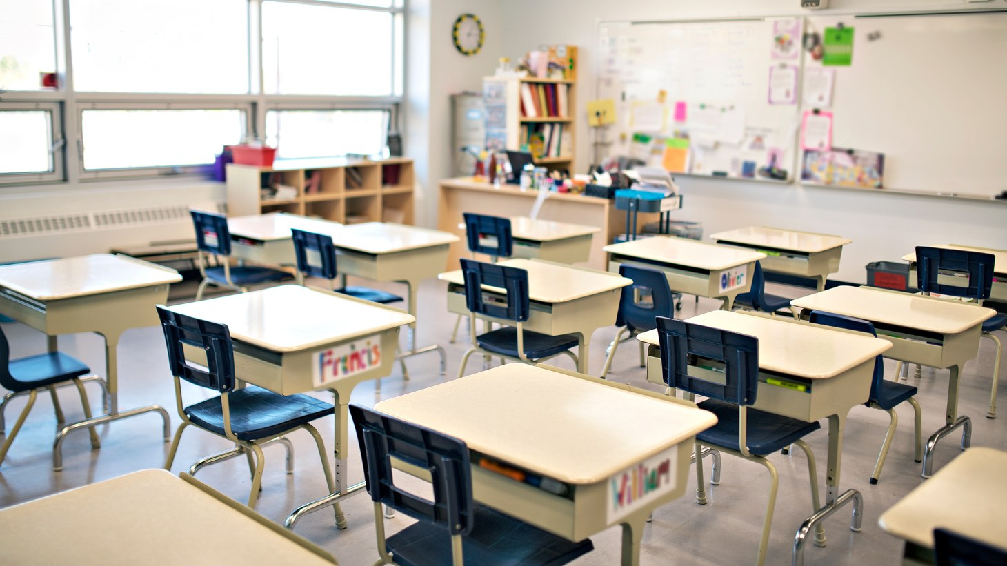 疫情导致的教师缺乏营销全美,单洛杉矶联合学区有超500个教师空缺