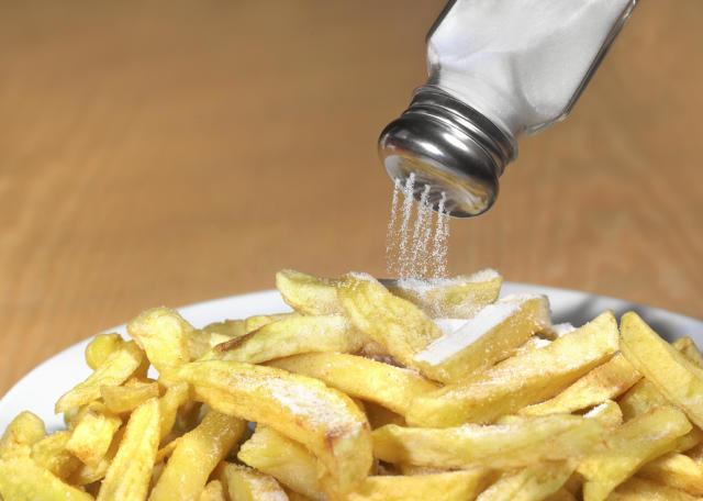 FDA将要求餐饮业未来两年半减少食品中的盐含量
