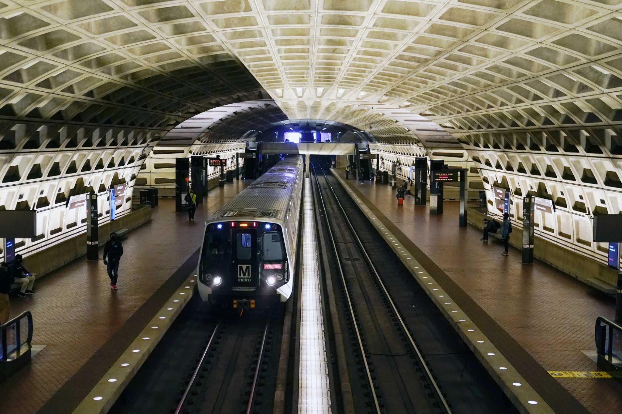 华盛顿地区地铁突然宣布停运一半以上列车