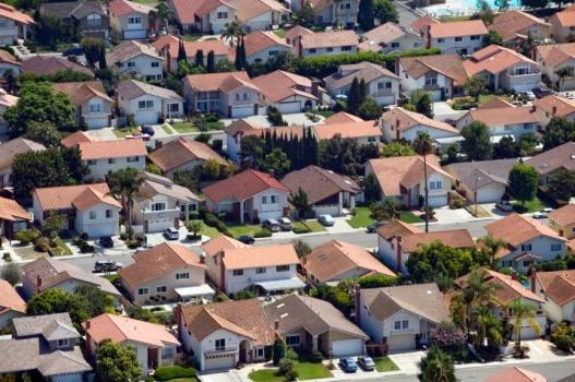 南加六县的房屋中位价9月再创新高